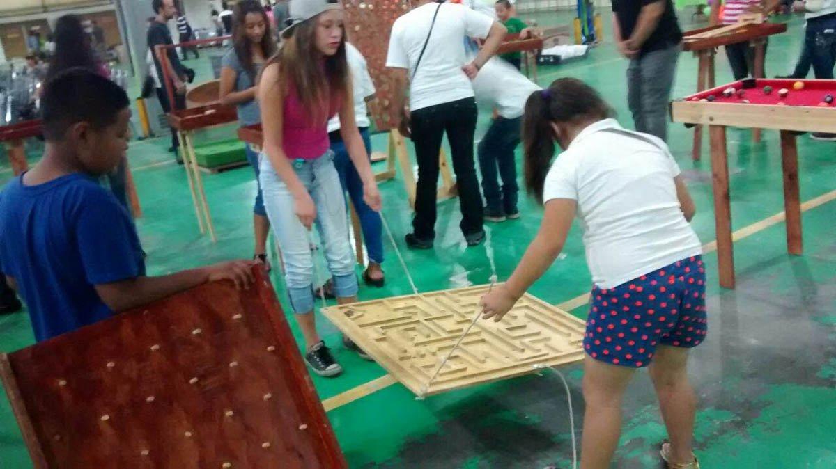 Juegos Gigantes De Madera